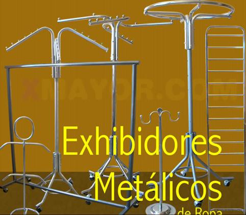 Exhibidores metálicos y colgadores para ropa